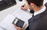 Kire bízzuk adóbevallásunkat? Könyvelőnkre vagy a NAV-ra?