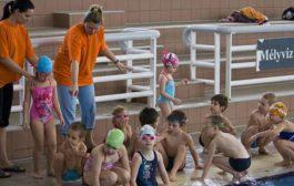 Budapesti magánóvoda úszásoktatással
