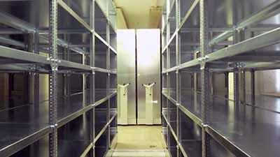 Állványok és polcrendszerek raktárába