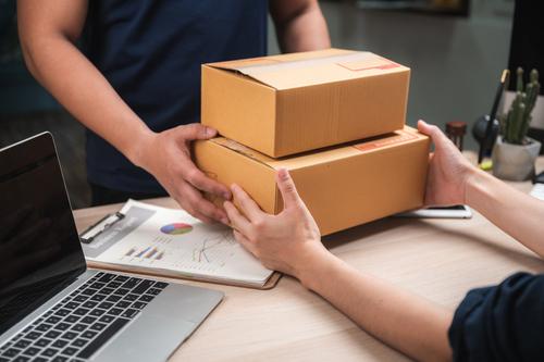 Csomagszállítás üzleti partnereknek egyszerűen és megbízhatóan